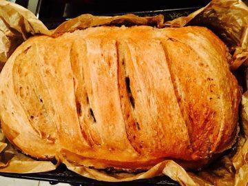 Teljes kiőrlésű kenyér - Otthon ízei